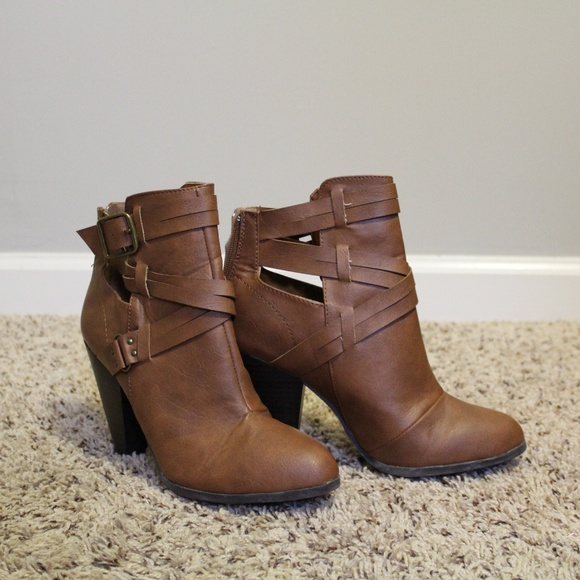 ed4e2cb8f6a Charlotte Russe Shoes - Charlotte Russe Size 8 Womens Booties
